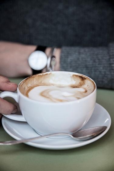 Cafe Schneewittchen - Laura Elena Photography